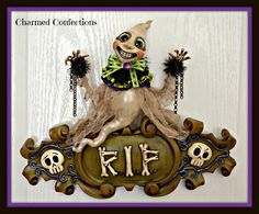 Here is a new piece from LeeAnn Kress of Charmed Confections going to Halloween and Vine this year. www.halloweenandvine.com www.charmedconfecions.com.