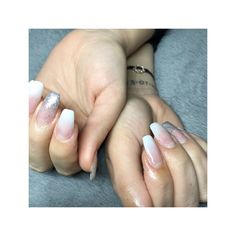 #BabyBoomer #nails #Nailart #Glitter #Silver #Passionails #jobnails #whitenails #Naturel #Art #Passion #Girl #Beauty #Makeup #PoudreDor