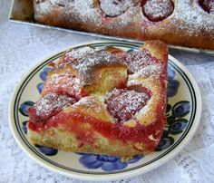 W Mojej Kuchni Lubię.. : drożdżowe ciasto z kurkumą i truskawkami...