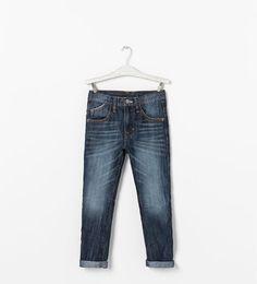 Pantalon denim low poches et surpiqûres- ZARA Zara Kids, Denim Jeans, Boutique, Boys, Pants, Fashion, Pockets, Baby Boys, Trouser Pants