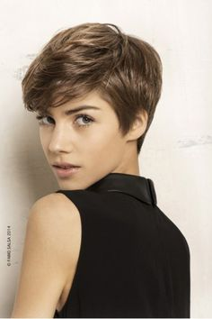 Today we have the most stylish 86 Cute Short Pixie Haircuts. We claim that you have never seen such elegant and eye-catching short hairstyles before. Pixie haircut, of course, offers a lot of options for the hair of the ladies'… Continue Reading → Short Pixie Haircuts, Haircuts With Bangs, Cute Hairstyles For Short Hair, Straight Hairstyles, Curly Hair Styles, Trendy Hair, Haircut Short, Pixie Haircut 2014, Short Hair Cuts For Teens
