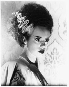 Elsa Lancester / Mary Shelley - Bride of Frankenstein, 1935