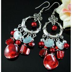 Boucles d'oreilles pendantes argentées et rouges - boucles d'oreilles fantaisie - Laure.L*Bijoux