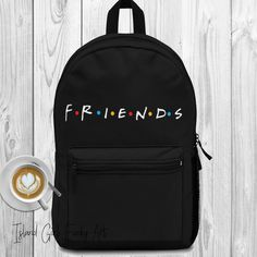Remember the nostalgic Friends show. Friends Episodes, Friends Moments, Friends Series, Friends Tv Show, Friends Cast, Crazy Friends, Friends Merchandise, Cute Backpacks, Friend Outfits