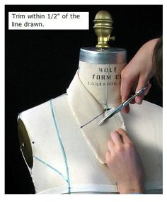 How to drape a collar. Pattern making pictorial depiction on draping a collar using a dress form, muslin and a few simple tools in a few simple steps.