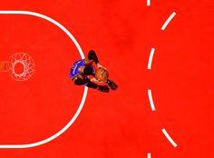 Russell Westbrook van Oklahoma City Thunder met een dunk.