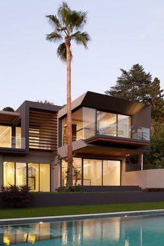 Lush Luxury: Villa C by Studio Guilhem & Guilhem Photo