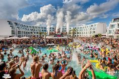 Hard Rock hotel in Ibiza Hard Rock Hotel Ibiza, Ibiza 2016, Edm Festival, Life Pictures, Cool Pools, Electronic Music, Best Part Of Me, Night Life, Dolores Park
