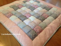Crafting Extravaganza Day One: The Puff Quilt! | Growing on Goofy ... : baby puff quilt - Adamdwight.com