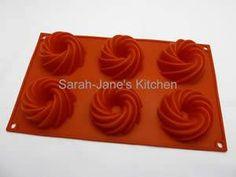 Mini Swirl Bundt Pan Tube Ring Silicone Bakeware Cake Mould