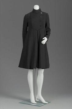 Coatdress    Geoffrey Beene, 1960s    The Museum of Fine Arts, Boston