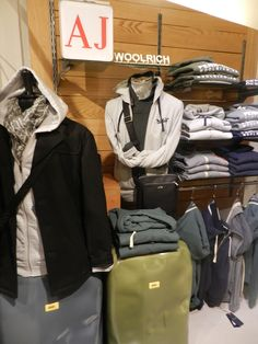 #confezionimontibeller #ai2014 #fw2014 #armanijeans #bomboogie #Woolrich #pennrich #crashbaggage www.confezionimontibeller.it