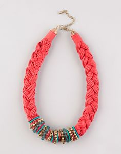 Great statement necklace