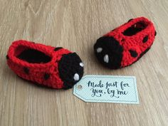"Crocheted Unisex Ladybug / Ladybird Baby Slippers, Ideal for Baby Shower Gift!  These Ladybug / Ladybird slippers are part of the ""Safari"