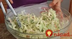 Yes: we have the recipe for the famous KFC coleslaw and it& super . Kentucky Fried Chicken, Kfc Coleslaw, Good Food, Yummy Food, Cooking Recipes, Healthy Recipes, Happy Foods, Vegetable Salad, Fruits And Veggies
