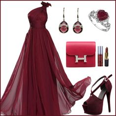 Elegance makes one charming!  Find more: http://www.imaddictedtoyou.com