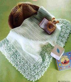 Couverture et son hochet pour bébé et leurs grilles gratuites ! - Modèles pour Bébé au Crochet