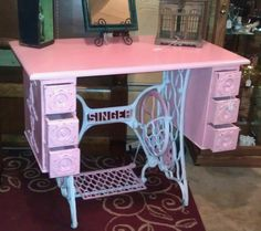 Singer Sewing Machine base turned into a vanity table- Kendall and I's next project. Diy Vanity Table, Vanity Table Vintage, Rustic Vanity, Vanity Decor, Dresser Vanity, Vanity Ideas, Singer Sewing Tables, Sewing Desk, Sewing Cabinet