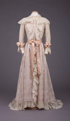 Dressing Gown, 1900