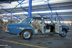 Best classic cars and more! Mercedes W114, Mercedes Benz Cars, Daimler Benz, Classic Mercedes, Classy Cars, Best Classic Cars, Best Luxury Cars, Dashboards, Motorhome