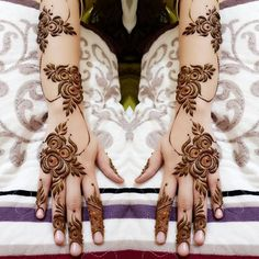 Backhand Mehndi Design Mehndi henna designs are always searchable by Pakistani women and girls. Women, girls and also kids apply henna on their hands, feet and also on neck to look more gorgeous and traditional. Henna Flower Designs, Finger Henna Designs, Henna Art Designs, Mehndi Designs 2018, Mehndi Designs For Girls, Modern Mehndi Designs, Mehndi Designs For Fingers, Beautiful Henna Designs, Tattoo Designs