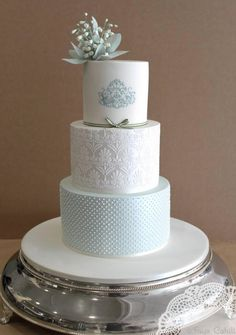 Blue and white wedding cake - Faye Cahill Cake Design Beautiful Wedding Cakes, Gorgeous Cakes, Pretty Cakes, Cupcakes, Cupcake Cakes, Damask Cake, Aqua Cake, Patterned Cake, Elegant Cakes