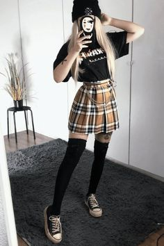 Cute Skirt Outfits, Skater Girl Outfits, Indie Outfits, Teen Fashion Outfits, Cute Casual Outfits, Retro Outfits, Vintage Outfits, Cute Grunge Outfits, Grunge Clothes
