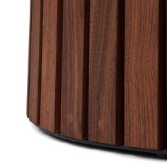 Mjölner - Rundt Plankebord fra Træfolk Shades, Lighting, Home Decor, Lily, Circuit, Decoration Home, Room Decor, Lights, Sunnies