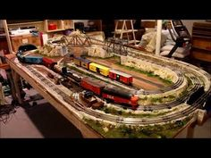 Frank's small 027 scale layout for O scale train 2018 Model Trains, Toy Trains, Lionel Trains Layout, Train Table, Model Train Layouts, Train Set, Train Tracks, Scale, Explore