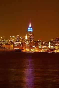 From Hoboken, New Jersey. My view as a kid Downtown New York, New York City, What A Beautiful World, Beautiful Places, Empire State Of Mind, Nyc Skyline, Ny Ny, Family Road Trips, Lower Manhattan