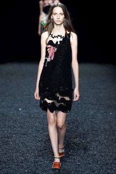 Mary Katrantzou Spring 2015 Ready-to-Wear Fashion Show - Waleska Gorczevski
