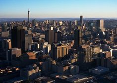 SkyScraperLife - Global discussion board and multimedia & information resource about Skyscrapers, Towers, Urbanity and Urban Photography Places To Travel, Places To Go, Urban Photography, Beautiful Space, San Francisco Skyline, Places Ive Been, South Africa, The Good Place, Tower