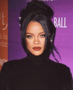 Rihanna Mode, Rihanna Riri, Rihanna Style, Rihanna Music, My Beauty, Hair Beauty, Beauty Makeup, Eye Makeup, Hair Makeup