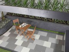 Natural Impressions Duostone Bluestone Retaining Wall