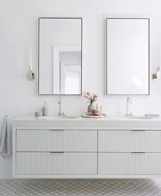 Quirky Home Decor .Quirky Home Decor Home Decor Mirrors, Cheap Apartment Decorating, Bathroom Decor, Home Remodeling, Decor Essentials, House Interior, Home Decor Shops, Bathroom Design, Retro Home Decor