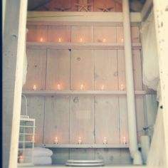 diy, cheap ideas for your home, design ideas, how to, tutorial  this gives me a brill idea for the back of my closet/headboard. OMG, kvelling!