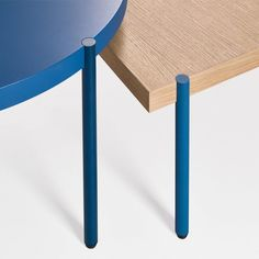 the works of sculptor Donald Judd and architect Andrea Palladio have informed the design of this set of tables by Claesson Koivisto Rune for Artifort Milan Furniture, Table Furniture, Home Furniture, Furniture Design, Lounge Furniture, Furniture Legs, Dining Table Design, Coffee Table Design, Coffee Tables