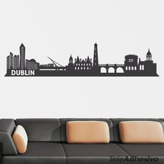 Dublin Skyline, Skyline Tattoo, Mexican Hat, City Vector, Skyline Silhouette, World Cities, Silhouette Projects, Paint Designs, Diy Projects To Try