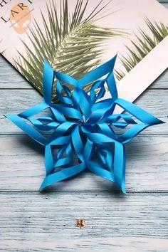 bastelideen weihnachten 10 Amazing And Fun Origami Ideas - DIY Tutorials Videos Paper Flowers Craft, Easy Paper Crafts, Paper Crafts Origami, Flower Crafts, Flower Paper, Diy Flower, Instruções Origami, Useful Origami, Origami Ideas