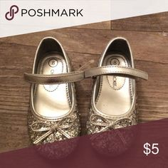 Sparkly silver shoes. NWOT! Never worn Cherokee Shoes Dress Shoes