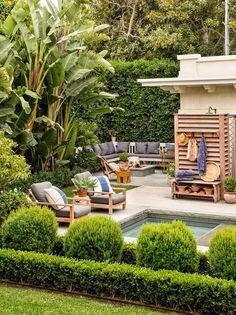 Nice outdoor living space by the pool Outdoor Retreat, Outdoor Rooms, Outdoor Gardens, Outdoor Living, Outdoor Furniture Sets, Outdoor Decor, Outdoor Sofa, Landscape Design, Garden Design