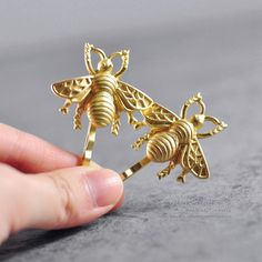 Bee hair pin Matte gold bee hair clip by somethingsepical on Etsy