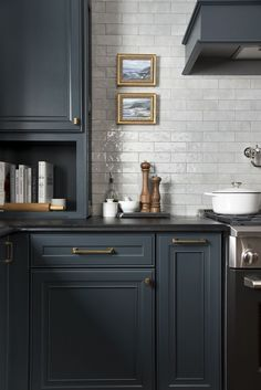 Dark cabinets and white tiles #kitchen #darkcabinet