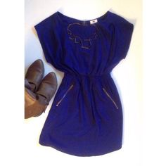 ⚡️Flash sale ✨ Blue dress w/zippered pockets! Dress in gorgeous royal blue. Real zippered pockets (!) and cinched waist. Excellent like-new condition. one clothing Dresses