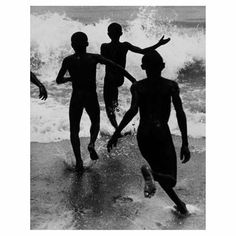 @Regrann from @icp - Martin Munkacsis iconic image of children racing towards the ocean inspired Henri Cartier-Bresson. It is the only photo that influenced me he recalled. There is such intensity in this image such spontaneity such joie de vivre such miraculousness that I am still dazzled by it even today. Three Boys at Lake Tanganyika circa 1930 via Leica on Instagram - #photographer #photography #photo #instapic #instagram #photofreak #photolover #nikon #canon #leica #hasselblad #polaroid…