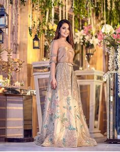 Cutipieanu fashion in 2019 pakistani dresses, pakistani bridal. Pakistani Wedding Outfits, Pakistani Dresses, Indian Dresses, Indian Outfits, Party Wear Dresses, 15 Dresses, Fashion Dresses, Formal Dresses, Stylish Dresses