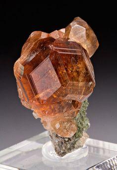 Grossular Garnet / Mineral Friends ♥