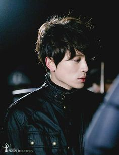 Ji Sung. Ima have to watch Kill Me, Heal Me soon because after watching My P.S. Partner I wanna see everything he's in.
