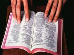 Tema Mujer que ama la palabra de Dios - Mujer de Excelencia