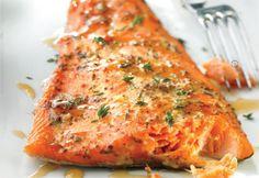 Truite fumée au sirop d'érable et à la moutarde Salmon Recipes, Fish Recipes, Seafood Recipes, Healthy Recipes, Smoker Recipes, Healthy Food, Confort Food, Salty Foods, Everyday Food